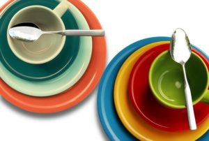 colored plates to eat less